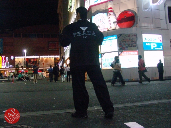 Exciting real street fight show at dangerous town, Kabukicho (59)