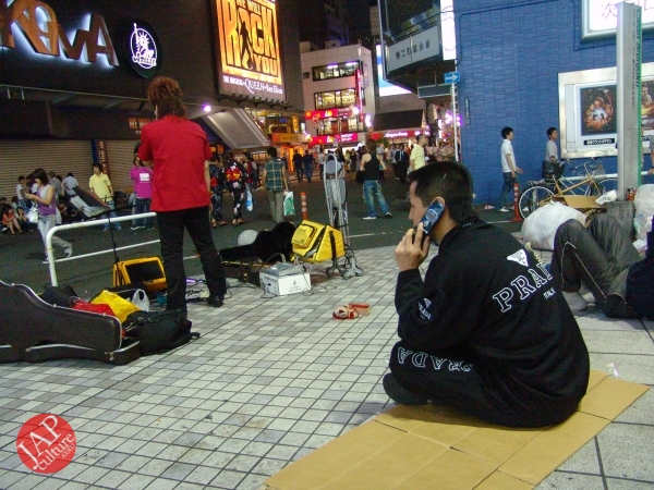 Exciting real street fight show at dangerous town, Kabukicho (56)