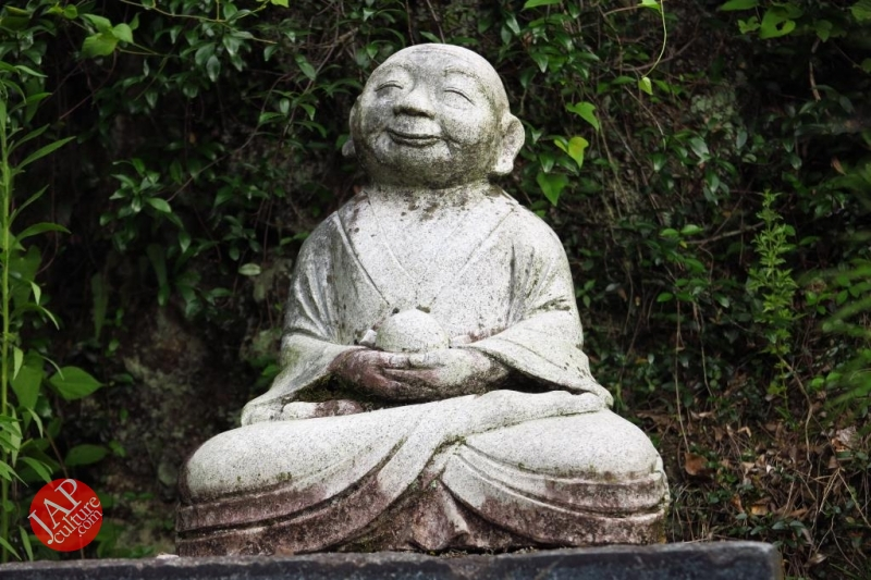 Nose-picking Buddha accept your prayer request with drunken Buddh0026