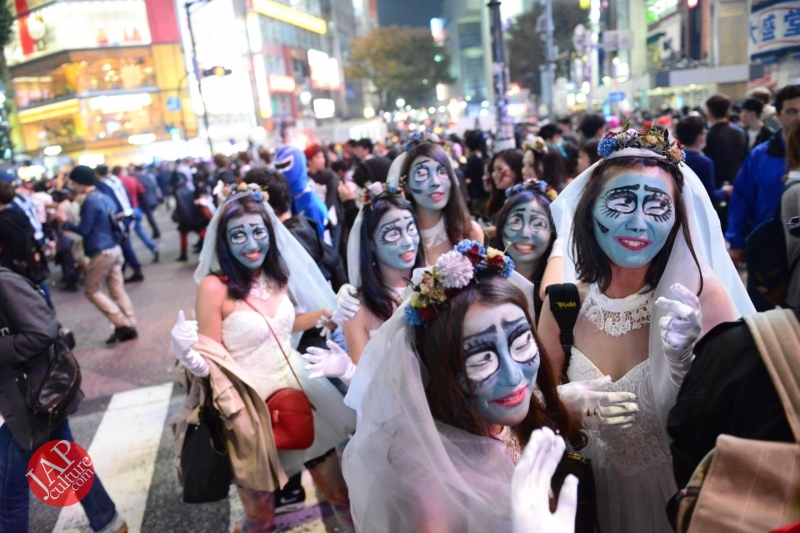 Photo of Shibuya street Halloween party 2014, Cosplay show, Car&bike parade, Mikoshi performance